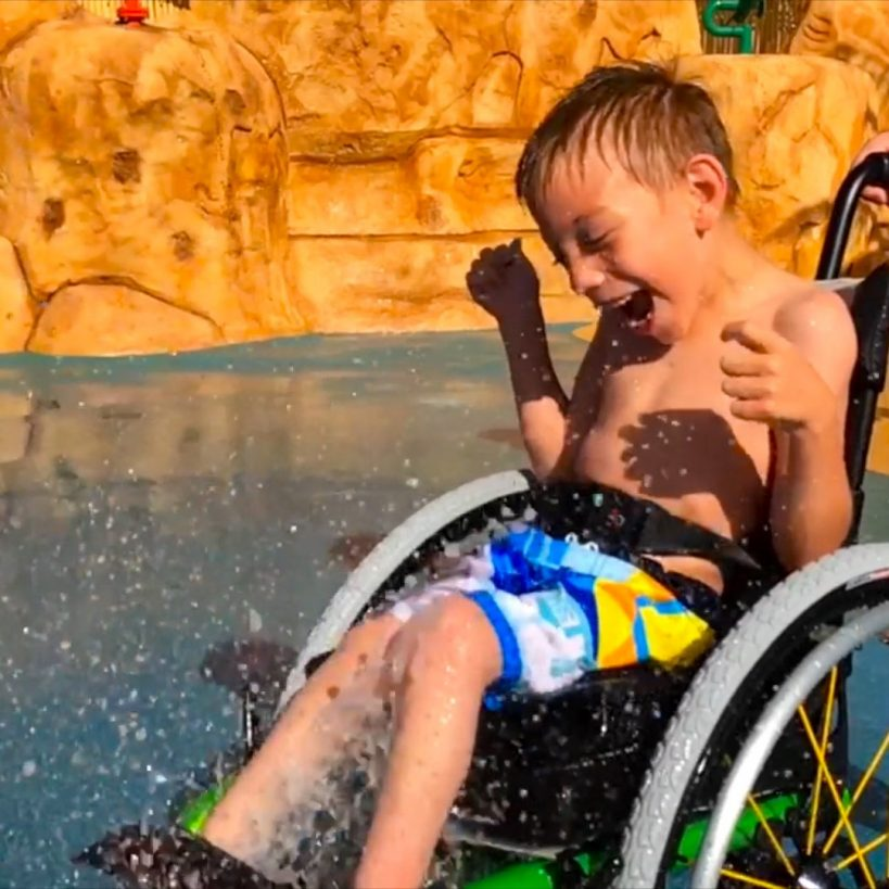 this-wheelchair-friendly-water-park-is-being-praised-for-its-inclusivity-%f0%9f%91%8f