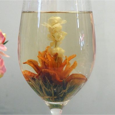 these-teabags-bloom-into-beautiful-flowers-inside-your-cup-%f0%9f%8c%bb