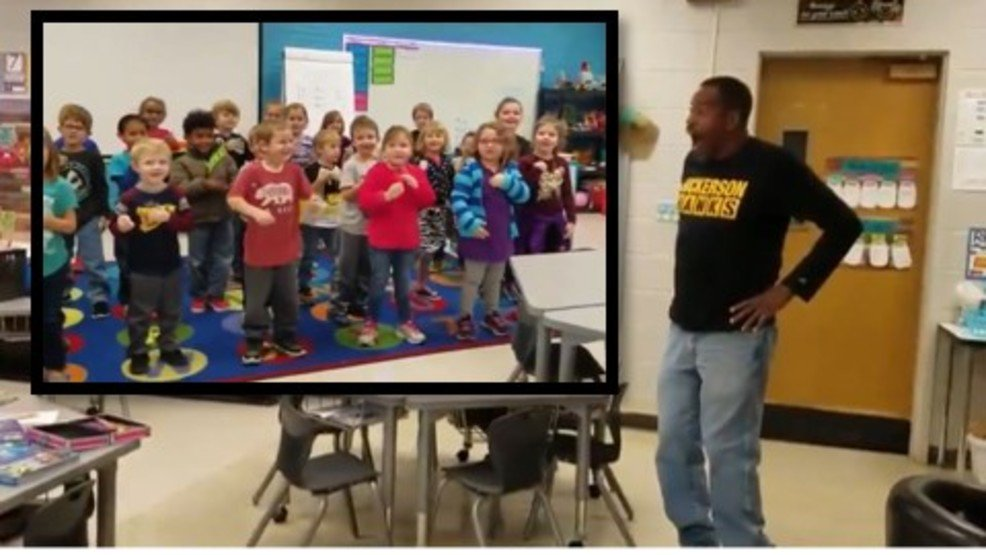 pre-schoolers-learn-sign-language-to-surprise-custodian-who-is-deaf