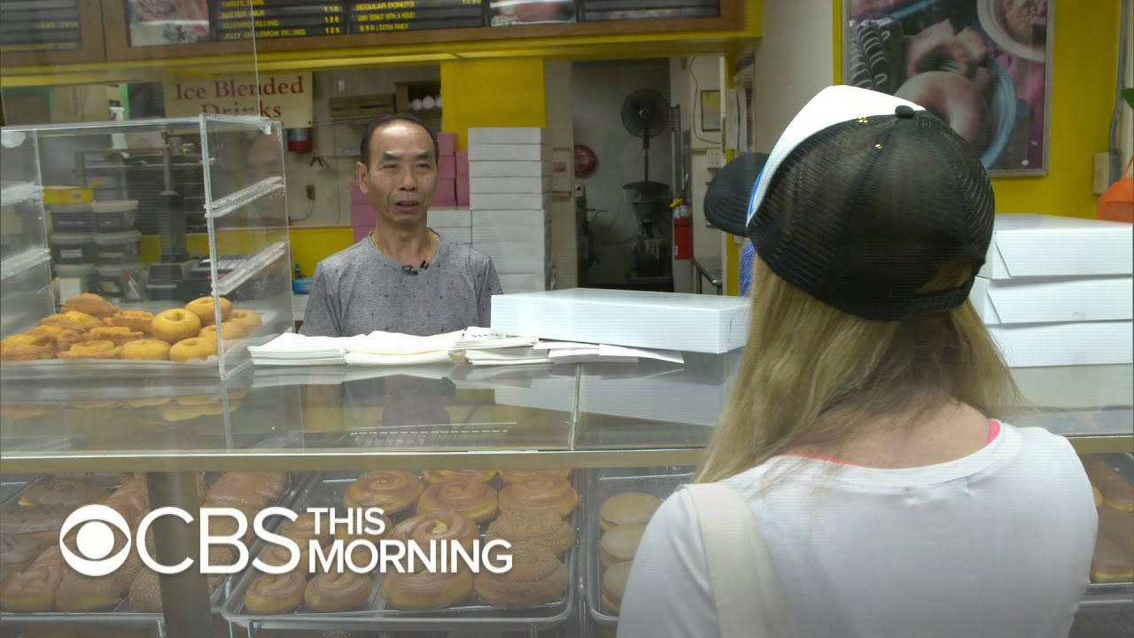 Community Buys Out Donut Shop So Owner Can Spend Time With Sick Wife