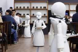 avatar-robots-bring-you-coffee-at-this-cafe-in-japan