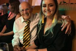 this-grandfather-and-granddaughter-have-warmed-more-than-a-few-hearts